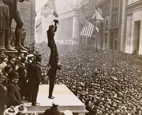 Nostalgia, Φωτογραφίες, Charlie Chaplin, Nikos On Line, Wall street, 1918, Σαρλό, nikosonline.gr
