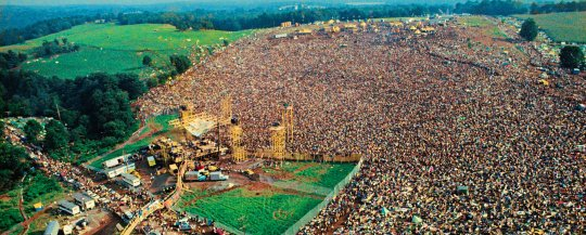 Life-at-Woodstock-1969