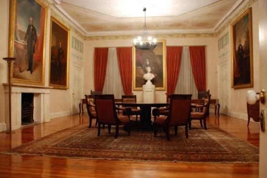 Μουσείο Ασιατικής τέχνης (αίθουσα ανακτόρων)