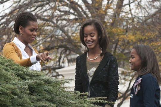 Michelle Obama, Daughters Malia and Sasha , Christmas Tree