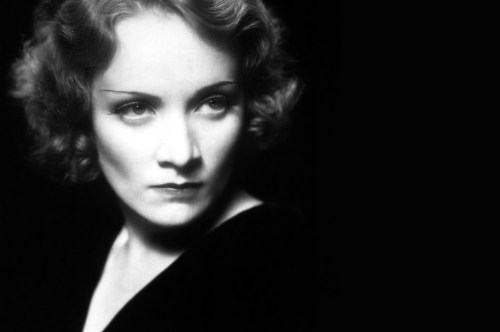 Marlene Dietrich, Ήθελε να σκοτώσει τον Χίτλερ, ΜΑΡΛΕΝ ΝΤΙΤΡΙΧ, ΓΥΝΑΙΚΑ, ΣΤΑΡ, ΝΤΙΒΑ, HITLER, ΤΟ BLOG ΤΟΥ ΝΙΚΟΥ ΜΟΥΡΑΤΙΔΗ, nikosonline.gr, Nikos On Line