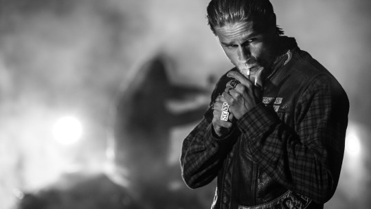 Charlie Hunnam, cinema, TV, Sons of Anarchy, ΗΘΟΠΟΙΟΣ, ΣΙΝΕΜΑ, ΤΗΛΕΟΡΑΣΗ, ΤΟ BLOG ΤΟΥ ΝΙΚΟΥ ΜΟΥΡΑΤΙΔΗ, nikosonline.gr