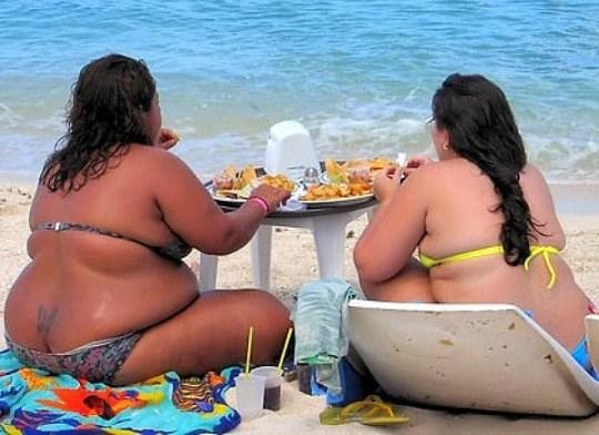 ΠΑΡΑΛΙΕΣ, ΘΑΛΑΣΣΑ, Καλοκαίρι, Πολυκοσμία, kalokairi, Summer at the beach, ΤΟ BLOG ΤΟΥ ΝΙΚΟΥ ΜΟΥΡΑΤΙΔΗ, nikosonline.gr,