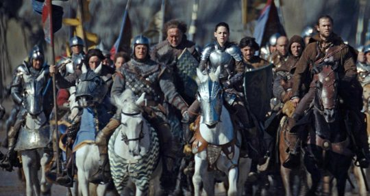 SNOW-WHITE-AND-THE-HUNTSMAN_00