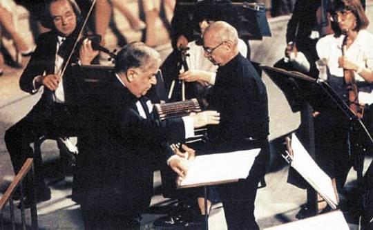 Μάνος Χατζιδάκις, Η ορχήστρα των Χρωμάτων