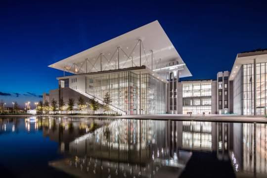 New York Times, κορυφαίοι προορισμοί, Ταξίδια, Αθήνα, Ίδρυμα Νιάρχος, Renzo Piano,