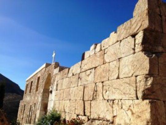 Ελλάδα, Ανάφη, Καλόγεροι, εκκλησία, αρχαίος ναός, Anafi island, ekklisia, arxaios naos, nikosonline.gr