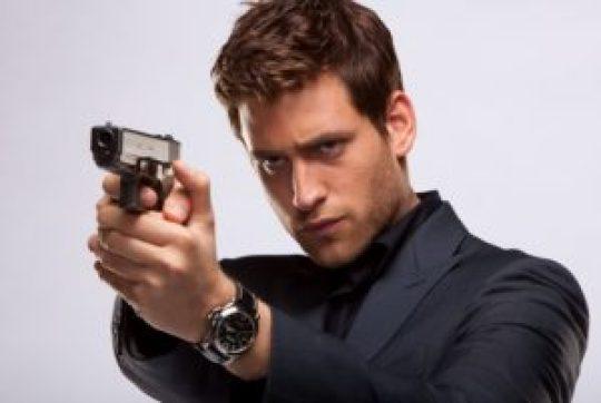Oliver Jackson-Cohen, Άγγλος ηθοποιός,