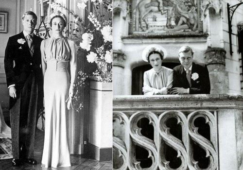Edward Ζ', Δούκας του Ουϊνσδορ, παντρεύεται την Αμερικανίδα Wallis Simpson.