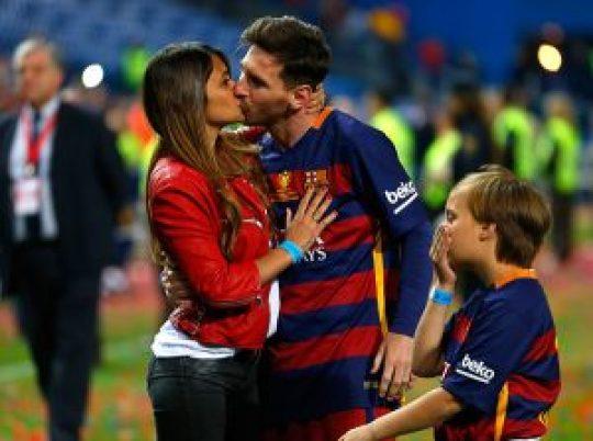 Lionel Messi, Soccer, Λιονέλ Μέσι, Ποδόσφαιρο, γάμος, παιδιά, Lionel Messi συν γυναιξί και τέκνοις, nikosonline.gr