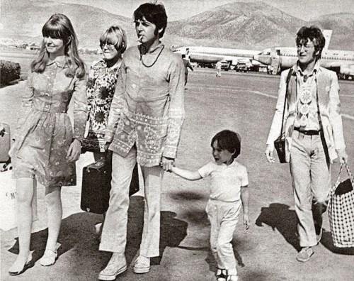 Πως ήταν η Ελλάδα πριν 50 χρόνια;, GREECE 50 YEARS AGO, ELLADA 1967, BEATLES, JUNTA, XOUNTA, nikosonline.gr