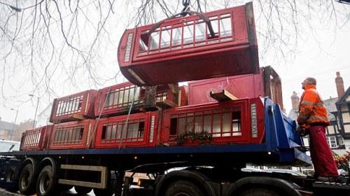 "British Telecom, traditional red ""K6"" telephone box, ΤΟ BLOG ΤΟΥ ΝΙΚΟΥ ΜΟΥΡΑΤΙΔΗ, nikosonline.gr,"