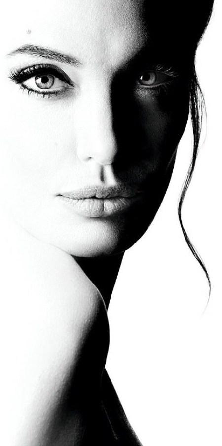Angelina Jolie, Αντζελίνα Τζολί, ΤΟ BLOG ΤΟΥ ΝΙΚΟΥ ΜΟΥΡΑΤΙΔΗ, nikosonline.gr