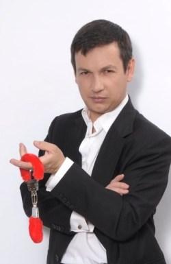 «Εγκλήματα», 20 χρόνια, Eglimata, TV, Ant1, Black comedy, Μαύρη κωμωδία, Σταύρος Νικολαϊδης, Τηλεοπτική σειρά, nikosonline.gr