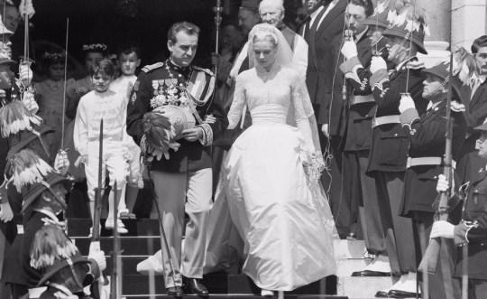 Grace Kelly wedding, Γάμος Πρίγκηπας Ρενιέ -Γκρέις Κέλλυ, BLOG ΤΟΥ ΝΙΚΟΥ ΜΟΥΡΑΤΙΔΗ, nikosonline.gr