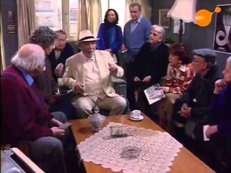 """20 χρόνια πριν, """"Παππούδες εν δράσει"""", ΕΡΤ, σίριαλ, γηροκομείο, TV series, ERT, Titos Vandis, Τίτος Βανδής, nikosonline.gr"""