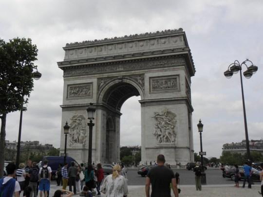 Η ταυτότητα της ημέρας, Paris- triumphal arch, Αψίδα του Θριάμβου -Παρίσι, ΤΟ BLOG ΤΟΥ ΝΙΚΟΥ ΜΟΥΡΑΤΙΔΗ, nikosonline.gr