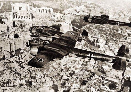 Η ταυτότητα της ημέρας, 1944 Βομβαρδισμός της Αθήνας, 1944 bombing Athens, ΤΟ BLOG ΤΟΥ ΝΙΚΟΥ ΜΟΥΡΑΤΙΔΗ, nikosonline.gr