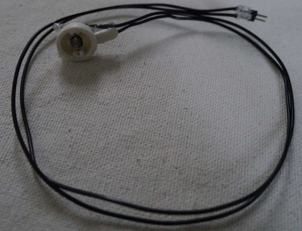 hight resolution of the ldr placed in a plastic case vga scart extension cables with probe wires