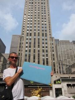 Die Dreckqueen vor dem Rockefeller Center