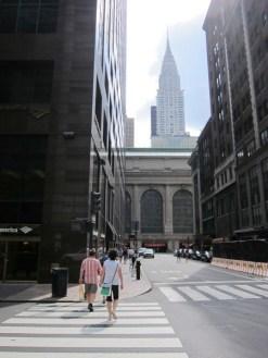 vorn Grand Central, hinten Chrysler Building