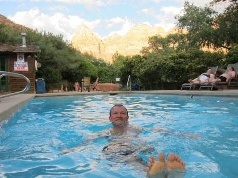 Zeit für den Pool mit Panorama