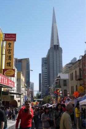 China Town mit Transamerica Pyramid