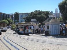 die berühmte Cable Car Endhaltestelle Cannery Street / Hyde Pier
