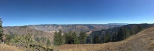 am Hells Canyon Overlook
