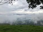 Durch wolkenverhangene Täler...