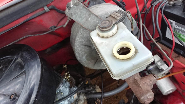 Bremsflüssigkeitsbehälter Transit MK2