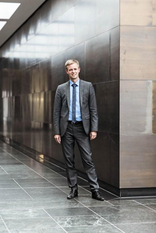 Dr. Tobias Miethaner, Leiter Abteilung digitale Gesellschaft BMVI / Kunde: Zvei / Berlin 2016 / Fotograf: Nils Hendrik Mueller