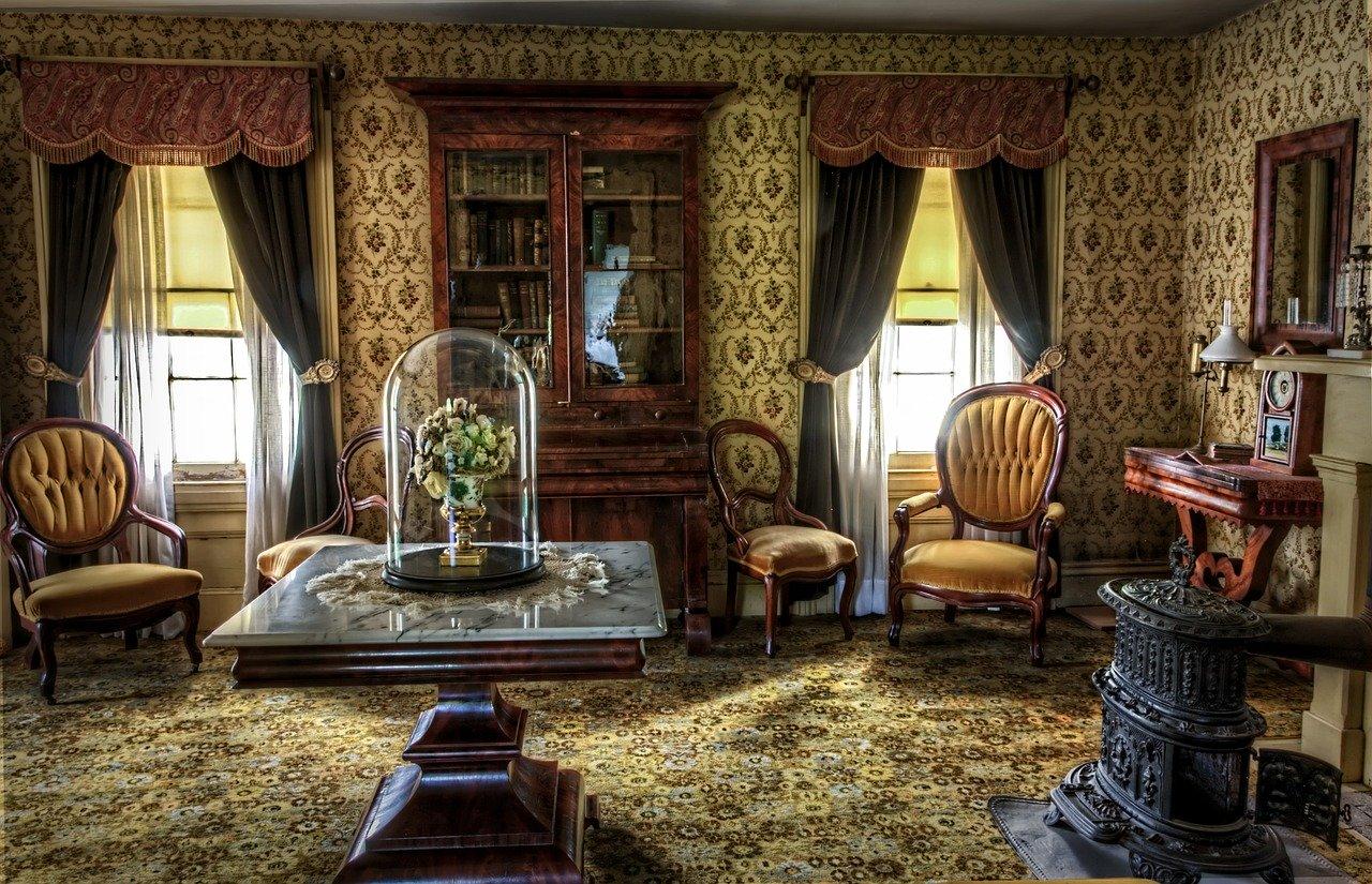 Victorian Antique Furniture