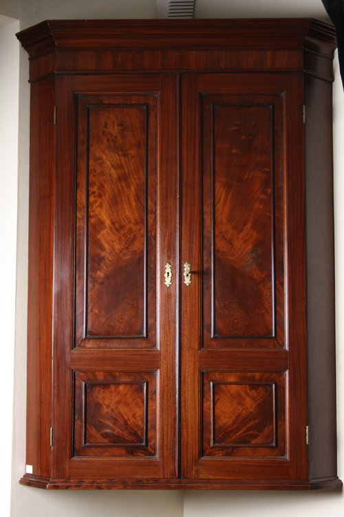 Regency Corner Cupboard in Mahogany