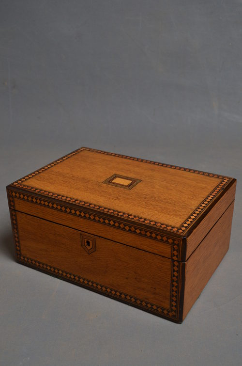 Victorian Oak Work/Jewellery Box