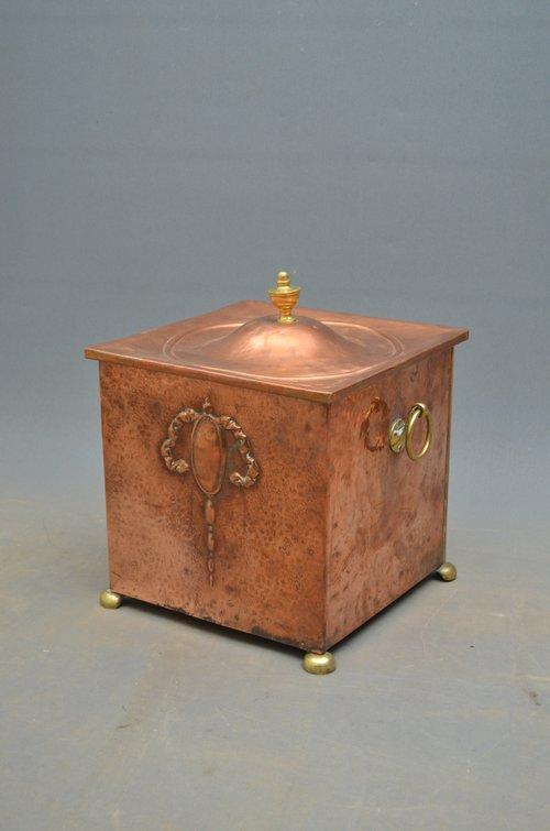 Elegant Edwardian Copper Coal Bucket