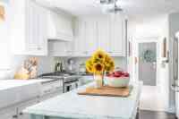 Simple Early Fall Kitchen Decorating Ideas   Nina Hendrick ...