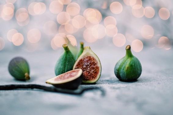 Vijgencocktail met limoen, vanillesiroop en prosecco