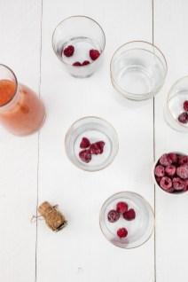 Grapefruit-mimosa met frambozen