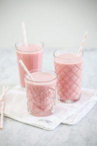 Aardbeien smoothie met vanille yoghurt