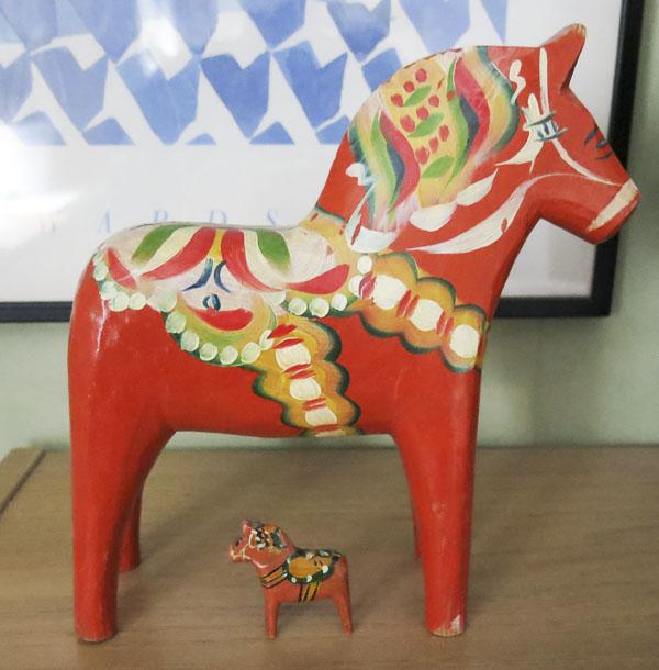 dalecarlian wooden horses