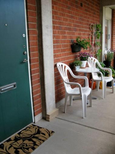 Outside corridor. Green door was my entrance.