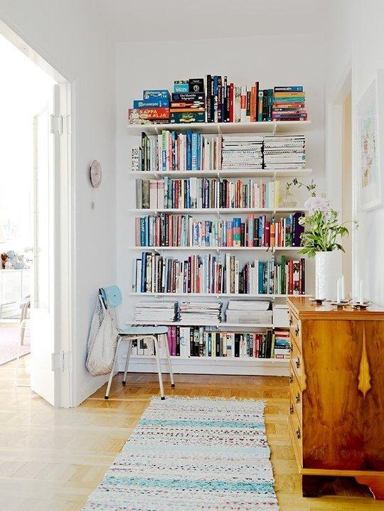 wallmounted shelves, bookcase, books