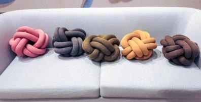 Knot-pillows