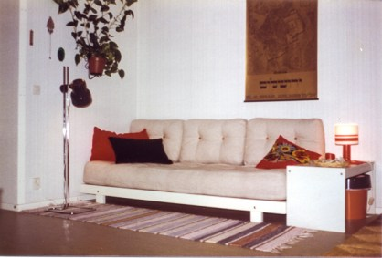 The daybed.
