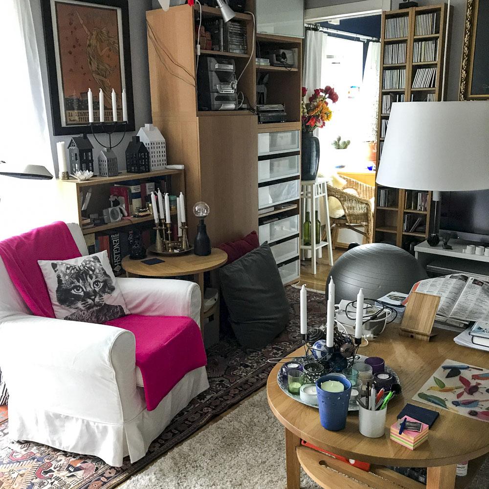 summer whites, livingroom