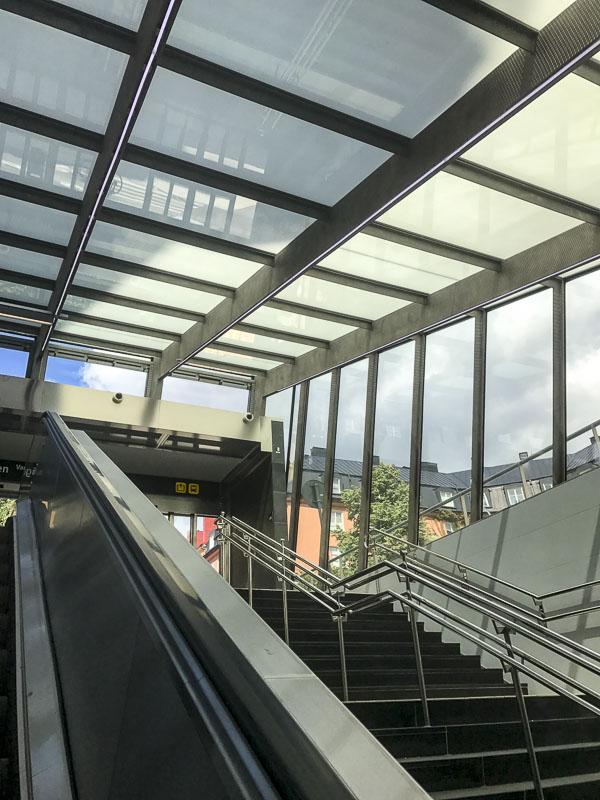 stockholmodenplan, vanadisvägen, escaltor, rulltrappa, commuter