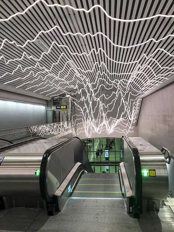 stockholmodenplan, escalator, vanadisvägen, commuter