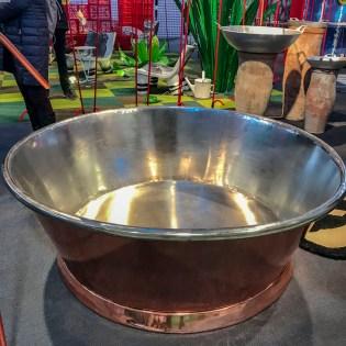 A bathtub of copper.