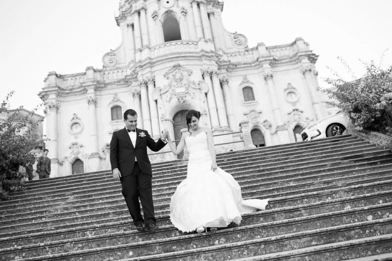 Modica Wedding photographer in Ragusa photo by Nino Lombardo reportage without poses